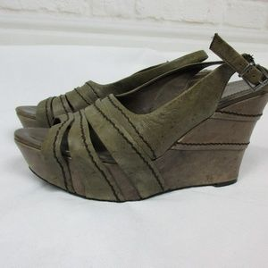Nicole Leather Wedge Sandals size 10